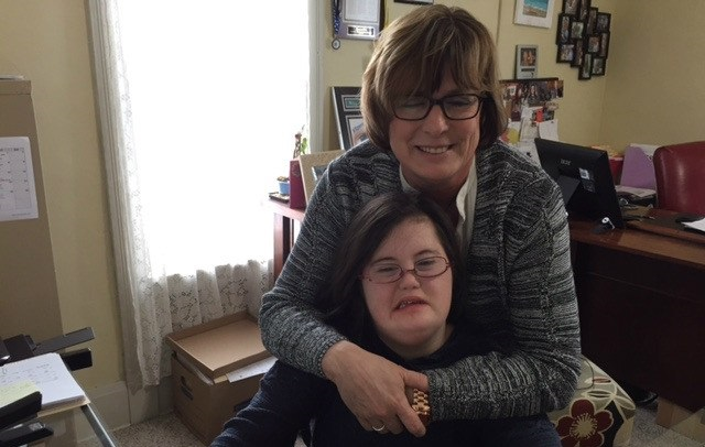 Mother Invents Special Eyeglasses Just for People With Down Syndrome